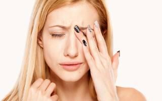 Болит голова и мушки в глазах пропадает зрение